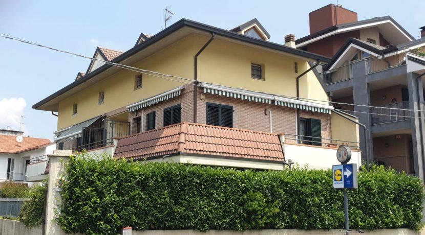 Diadema - monolocale di recente costruzione con giardino