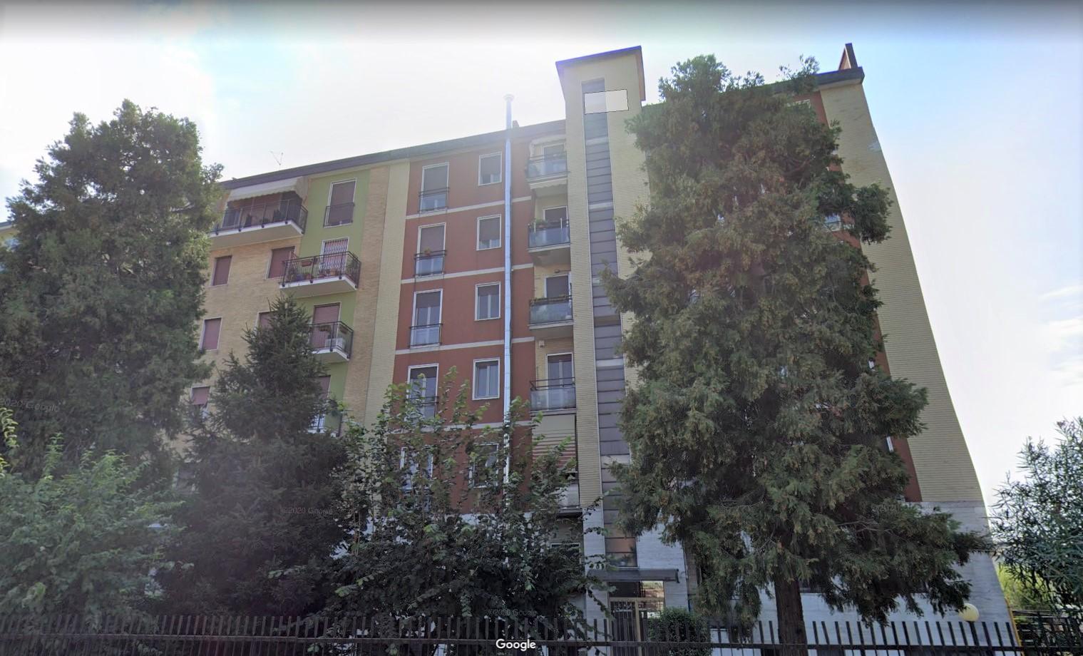 Trilocale in via Monfalcone 37 Cinisello Balsamo